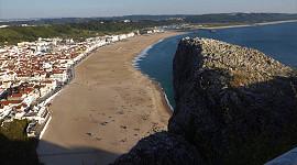 Nazaré strand vanuit Sitio